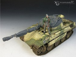 Picture of Panther D Tank with Cover Built & Painted 1/35 Model Kit