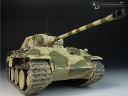 Picture of Panther D Tank with Zimmerit Built & Painted 1/35 Model Kit