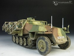 Picture of SdKfz 251 Military Vehicle Built & Painted 1/35 Model Kit